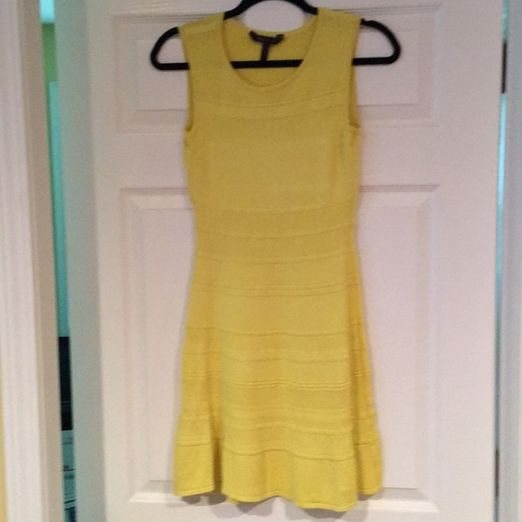 BCBGMaxAzria Dresses & Skirts - Bcbg sleeveless dress
